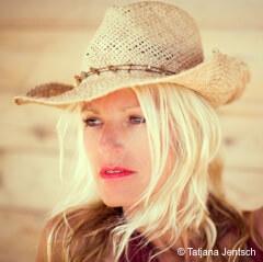 Sonia Bach