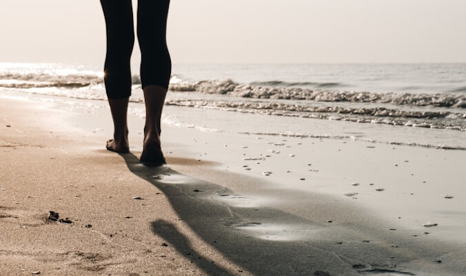 Benefits of a Beach Walk – Learn About Postural Training