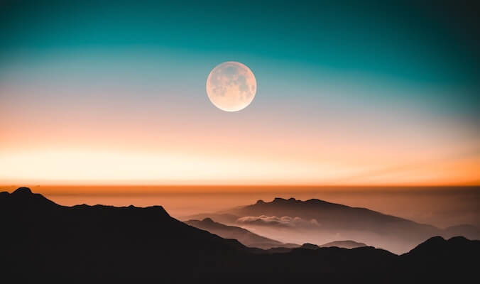 About the Moon Cycles & How to Use Their Energies Wisely